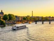 Paris Seine River, Hotel Eiffel Seine