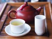 Taiwan_tea_shutterstock_1302606142