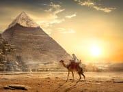 Egypt_Giza_Desert_Pyramids_Sunset_shutterstock_654844426
