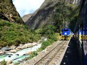 Peru_Macchupicchu_Incatrain_shutterstock_141352015