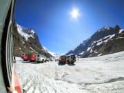 Canada_Alberta_Glacier Truck