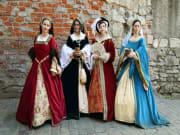 UK_London_Hampton Court Palace Henry VII Wive