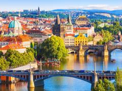 Prague_Charles_Bridge_shutterstock_206319370