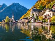 Hallstatt_Alpine_Lake_Town_shutterstock_343762682