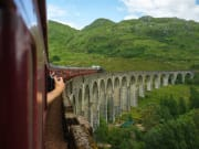 Scotland_Glenfinnan Viaduct_The Jacobite Train