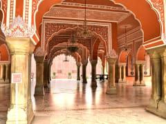 India_Jaipur_City Palace_shutterstock_313921502