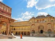 India_Jaipur_Amber_fort_shutterstock_185562914
