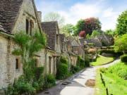 UK_Cotswolds_Bibury_Old_Street_Houses_604331744