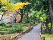 Japan_Kenrokuen-Garden_shutterstock_349825265
