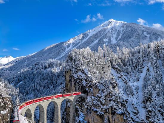 Switzerland_Glacier Express_shutterstock_245828419
