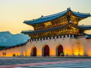 Seoul_Gyeongbokgung Palace_shutterstock_440857807