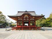 Japan_Kamakura_Tsurugaoka_Hachimangu_shutterstock_386314573