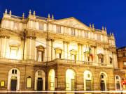 Italy_Milan_Teatro alla Scala_shutterstock_169292570