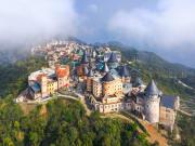 Vietnam_DaNang_Sun World Ba Na Hills_shutterstock_1346056832