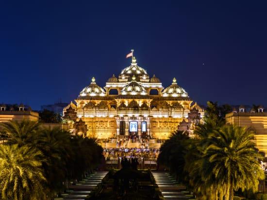 Delhi_Akshardham Temple_shutterstock_1212004606
