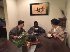 着物で茶道体験メーン写真