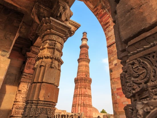 India_Delhi_qutubminal_shutterstock_447407173