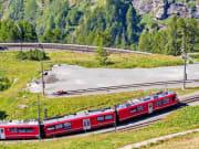 Italy_Switzerland_Alp-Grum_Bernina-Express_shutterstock_1226759299
