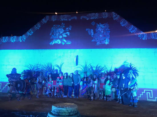 Mexico_Mexitours_Teotihuacan_nocturno_(3)