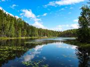Finland_Lake_shutterstock_1171938976
