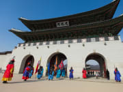 Gyeongbokgung_Palace_Marching_shutte_639191542