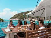 Hype-Boat-Club-Photos-(3)