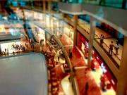Singapore_MarinaBaySands_Inside_shopping_shutterstock_690694945
