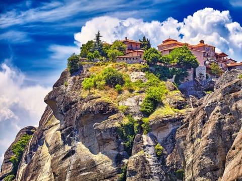 メテオラ 観光ツアー | ギリシャ 旅行の観光・オプショナルツアー予約 VELTRA