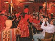 GOLD Restaurant_Interior (action)