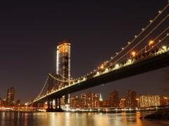 NewYork_Manhattan_bridge_shutterstock_1048682015