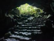 Japan_Yamamashi_Fugaku_Wind_Cave_shutterstock_1083124559