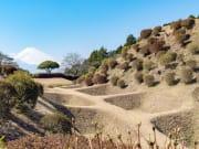 Japan_Shizuoka_Yamanaka_Castle_shutterstock_1233638713