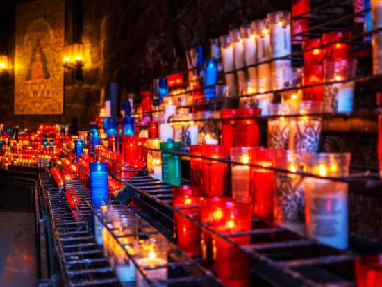 Spain_Montserrat_Monastery_shutterstock_1031202640