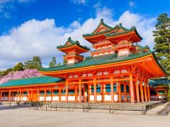 Japan_Kyoto_Heian_Jingu_Shrine_Spring_shutterstock_363025742