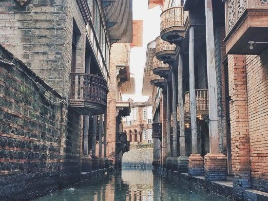 Bataan Las Casas Filipinas de Acuzar Canal Cruise