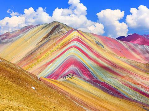 レインボーマウンテン (クスコ発観光ツアー) | ペルーの観光・オプショナルツアー専門 VELTRA(ベルトラ)
