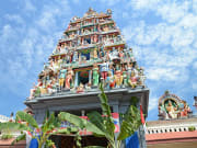Sri_Mariamman_Hindu_Temple_shutterstock_150644351