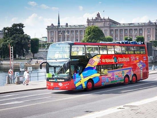 04_hop-on-hop-off-bus-stockholm-stromma