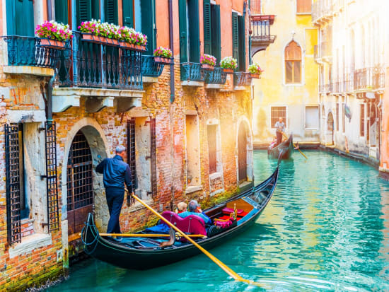 Venice Gondola Ride Private 60 Minute