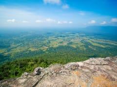 eah_Vihear_Mountain_View_shutterstock_1204745920