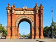 Spain_Barcelona_Arc-de-Triomf_shutterstock_63692149
