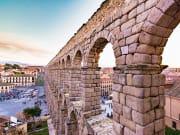 Spain_Segovia_Aqueduct_Castilla_y_Leon_shutterstock_531147577