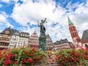 Germany_Frankfurt_romerberg_shutterstock_675659500