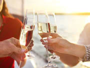 USA_New York_New Year's Eve Cruise_Champagne