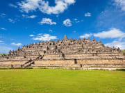 Indonesia_Borobudur_shutterstock_309741404