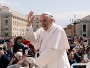 Pope Francis, Papal Audience tickets - unsplash