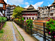 France_Strasbourg_shutterstock_214608913