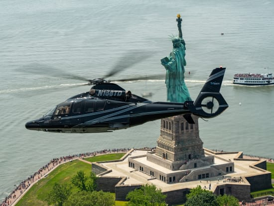 NYC_Manhattan_Helicopter Tour_Statue of Liberty