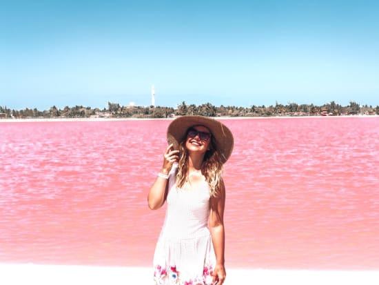 s_pink lake
