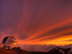 Hawaii_Big_Island_Mauna_Kea_Observatory_Mountain_Sunset_shutterstock_39271921